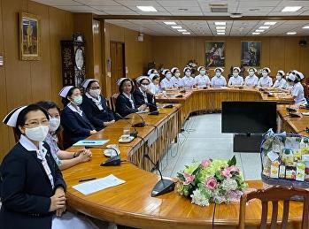 วิทยาลัยพยาบาลและสุขภาพ นำนักศึกษาหลักสูตรพยาบาลศาสตรบัณฑิต ชั้นปีที่ 4 เข้าปฐมนิเทศการฝึกปฏิบัติการพยาบาลบนคลินิกอย่างเข้มข้น จากฝ่ายการพยาบาล ณ แหล่งฝึกปฏิบัติการพยาบาลต่างๆ